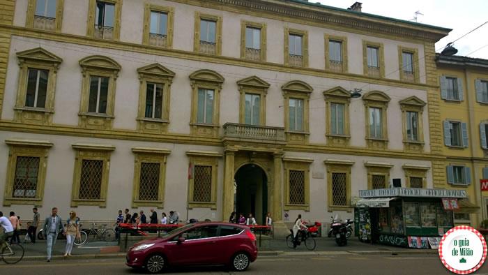 Palácio Bovara