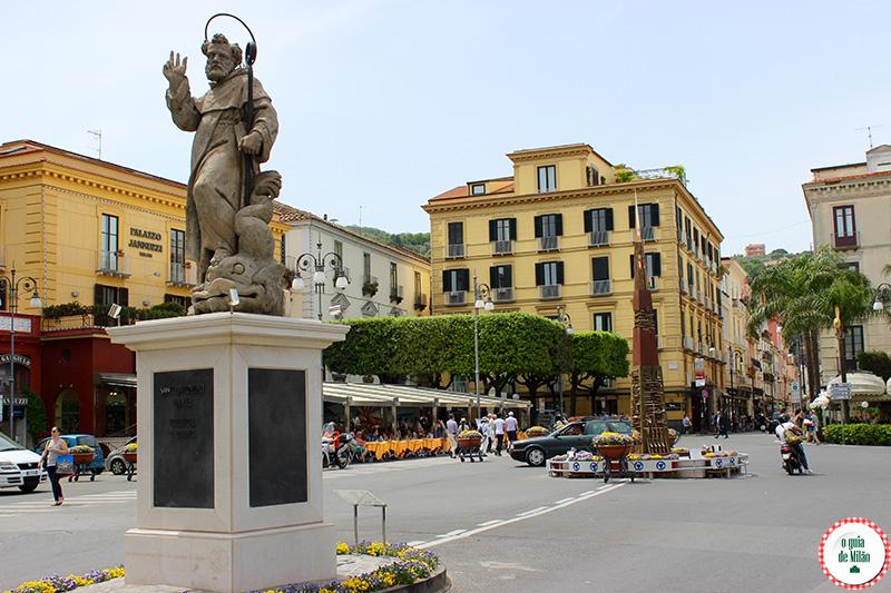 Turismo em Sorrento: Praça T. Tasso