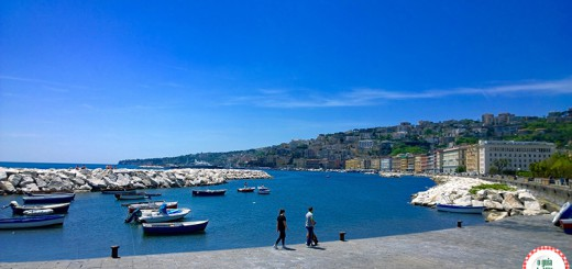Nápoles Itália Avenida beira mar Nápoles