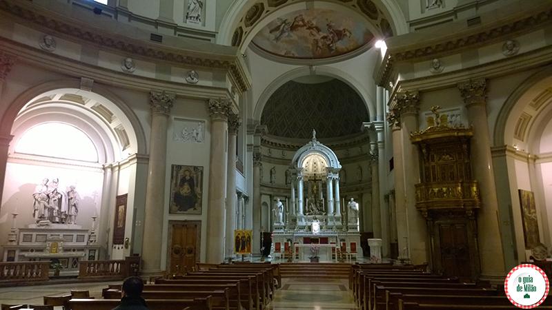 Igrejas de Milão A Basílica San Carlo al Corso