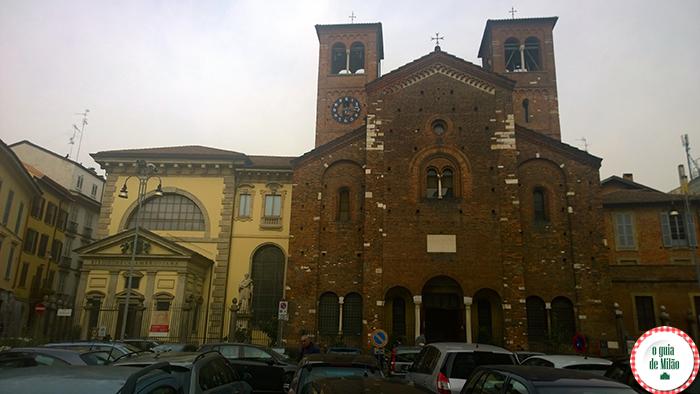 As principais igrejas de Milão a Igreja de San Sepolcro turismo em Milão