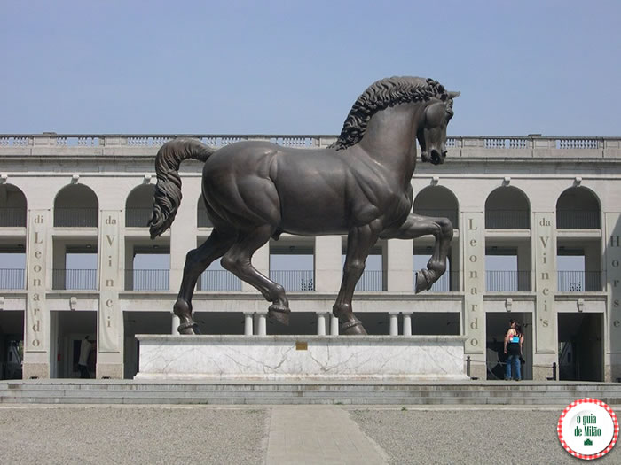 O cavalo monumental