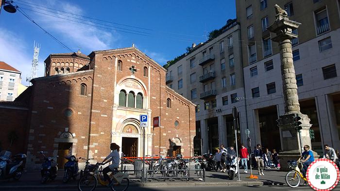 Igrejas na Itália As principais igrejas de Milão - A Igreja de San Babila em Milão
