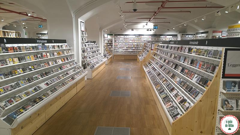 Livrarias em Milão Feltrinelli