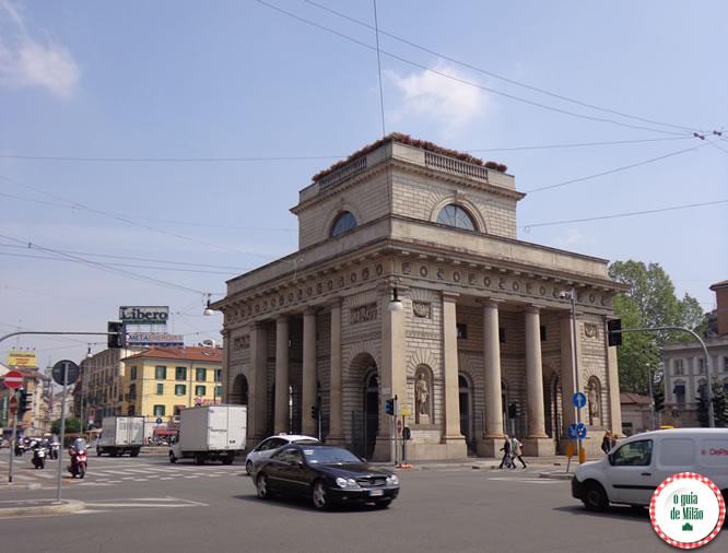 Monumentos o guia de mil o for Porta venezia metro