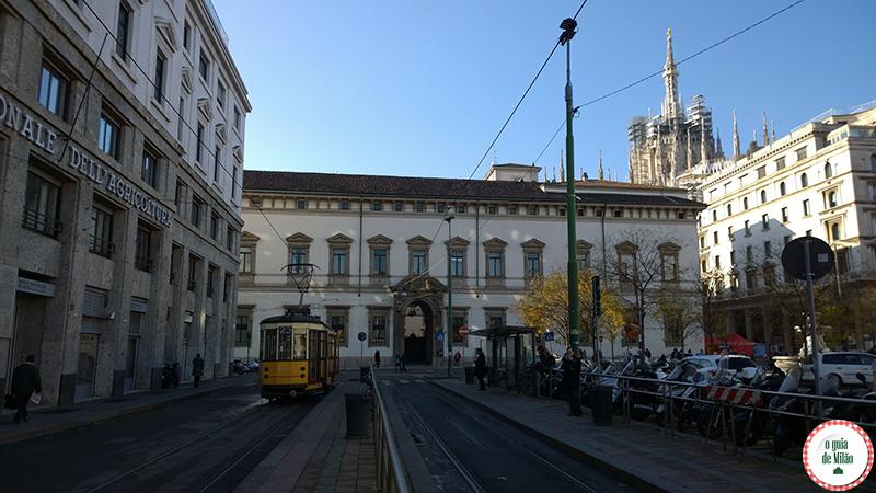 Transporte público em Milão