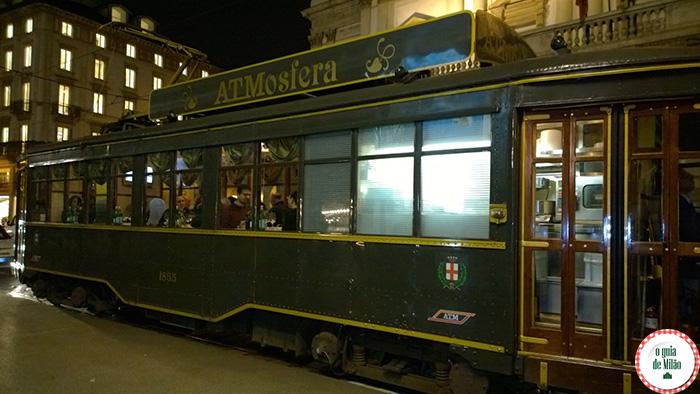 turismo em milão bonde-restaurante apreciar a cidade enquanto você está jantando