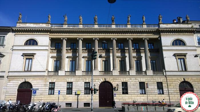 O que fazer em Milão sem pagar nada - Palácio Saporiti