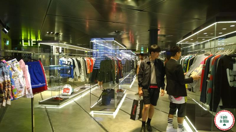 Shopping_Excelsior_no_centro_de_Milão_6