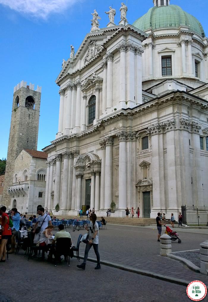 Duomo Nuovo, Palazzo del Broletto e Torre Cívica