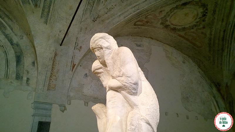 A pietá Rondanini de Michelangelo A obra inacabada em Milão