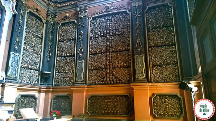Capela de ossos igreja San Bernardino Milão 3