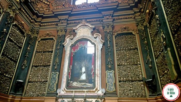 Capela de ossos igreja San Bernardino Milão 4