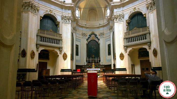 Capela de ossos igreja San Bernardino Milão