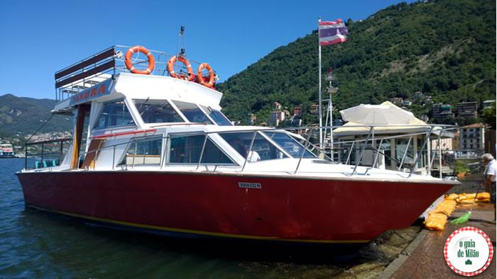 Barcos privados no lago de Como