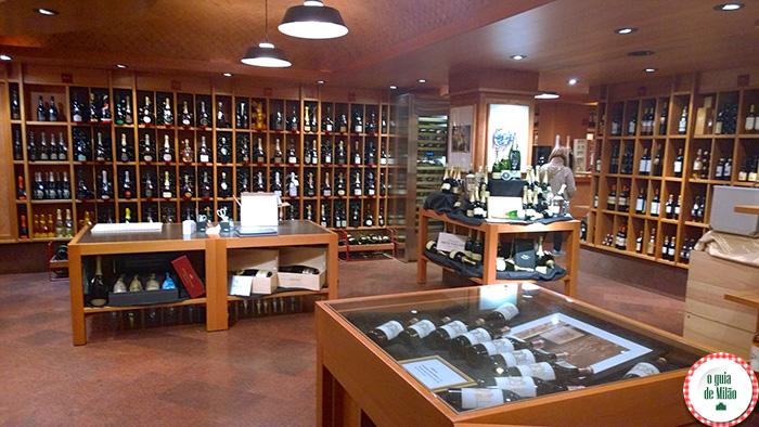 Peck loja de vinho em Milão Adegas em Milão