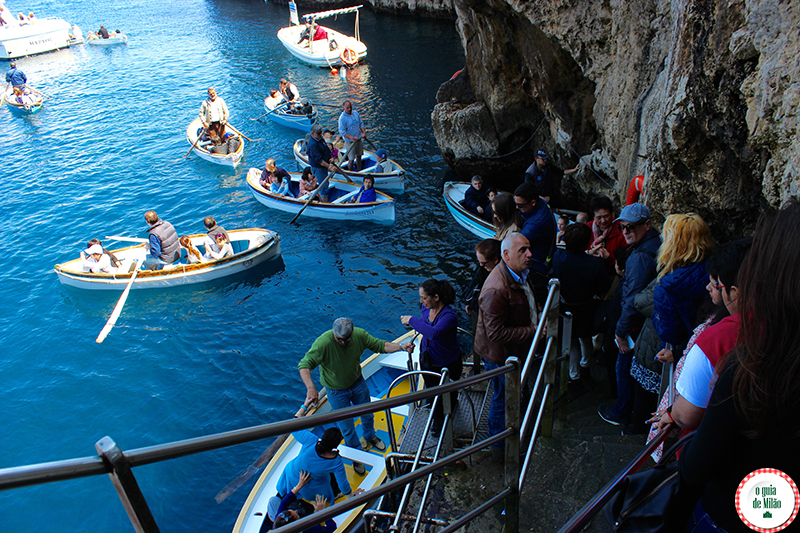 como chegar na gruta azul de nápoles na ilha de Capri