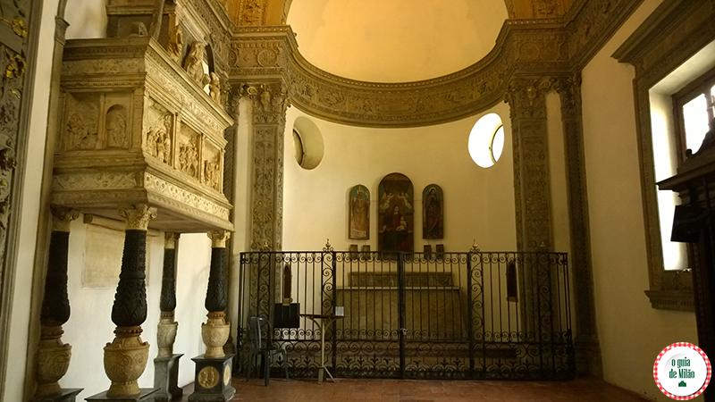 Igrejas em Milão a Basílica de Sant'Eustorgio
