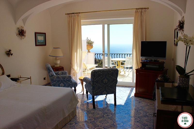 Onde se hospedar em Capri suite com vista pra o mar