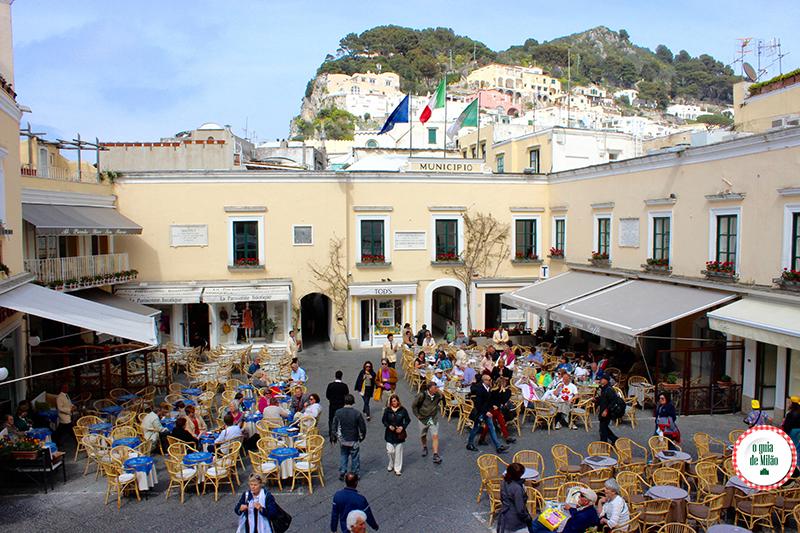 Roteiro de luxo em Carpi na Itália La Piazzetta di Capri