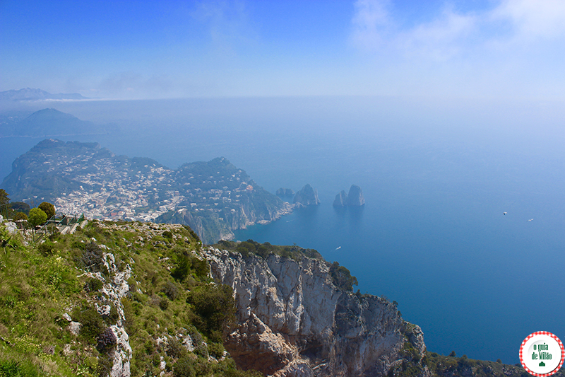 Turismo na ilha de Capri a visita no monte solaro de Anacapri