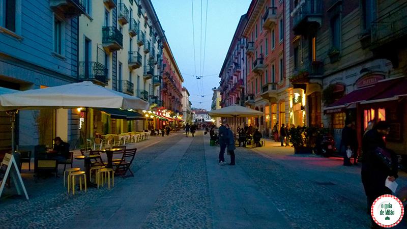 Aproveitar os dias longos em Milão coisas para fazer em Milão no verão