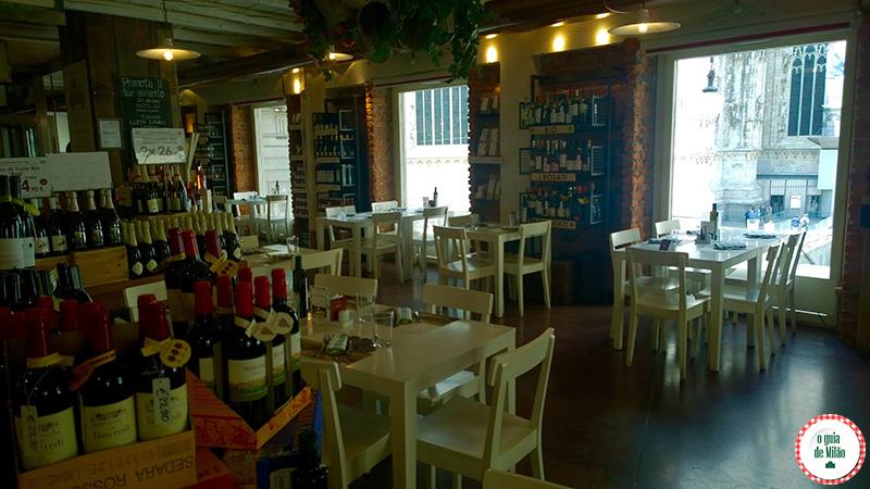 Bares em Milão com vista panorâmica onde comprar vinho