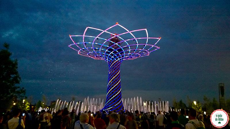 Atrações da Expo Milão 2015 Árvore da vida