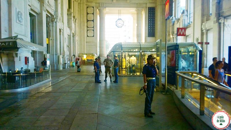 Dicas de turismo em Milão Itália estação de trem Milão Centrale
