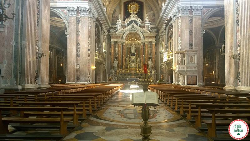 Pontos turísticos Nápoles Itália Igreja del Gesù Nuovo