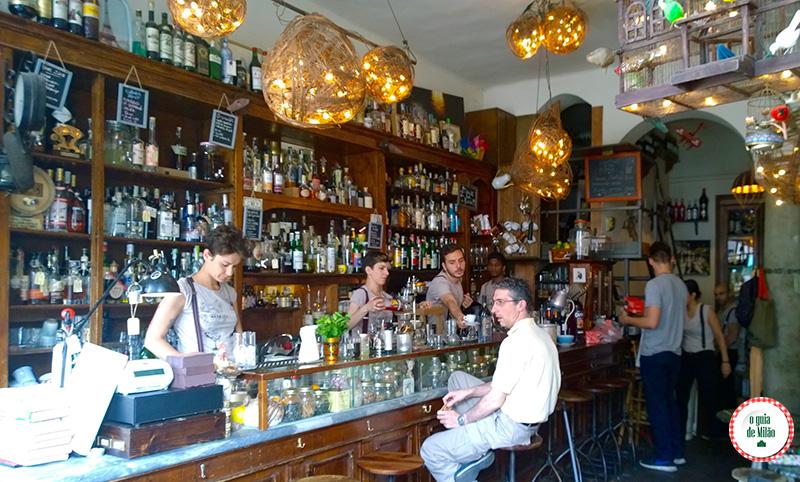 Dica de bares em Milão o Mag Cafè no bairro Navigli