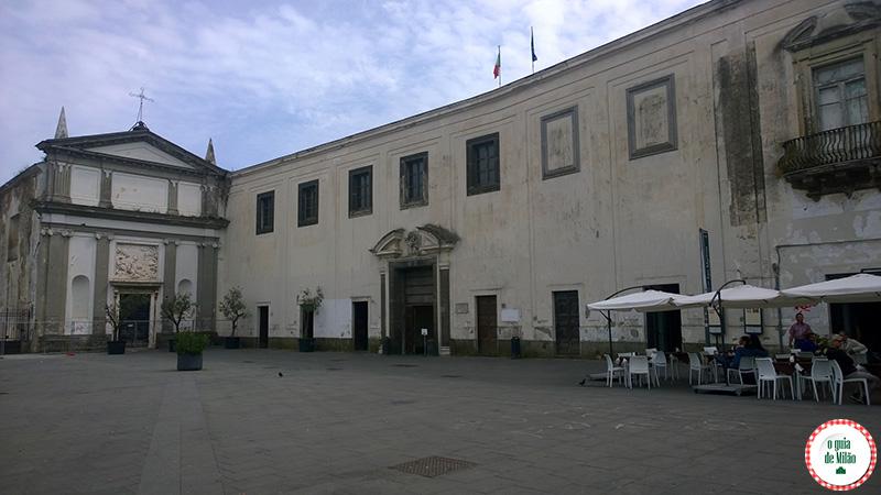 Pontos turísticos de Nápoles na Itália Certosa de San Martino