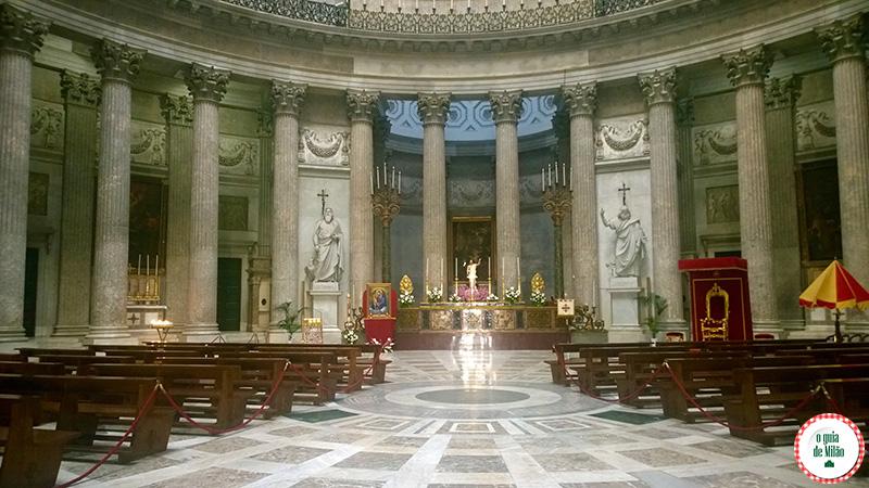 10 pontos turísticos de Nápoles Itália Basílica San Francesco di Paola