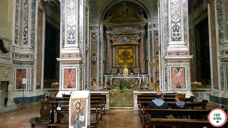 Turismo em Nápoles Itália Patrimônio da humanidade Capela Santo Antonio basílica San Lorenzo Maggiore