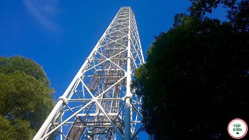 Dicas e turismo em Milão Torre Branca