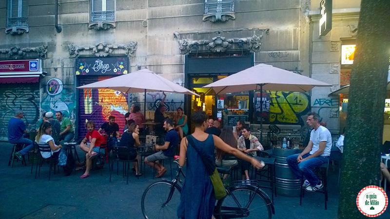 Dicas de bares em Milão Bar Vynil Bairro Isola Milão