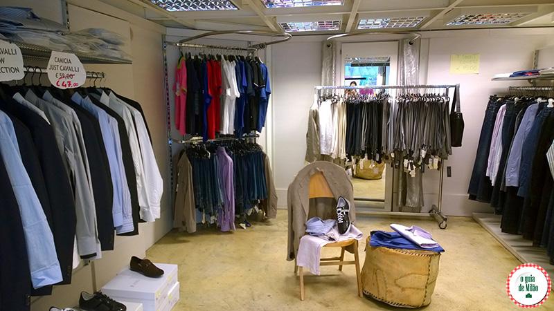Dicas de compras em Milão Outlet em Milão Niki stock Blog de viagem
