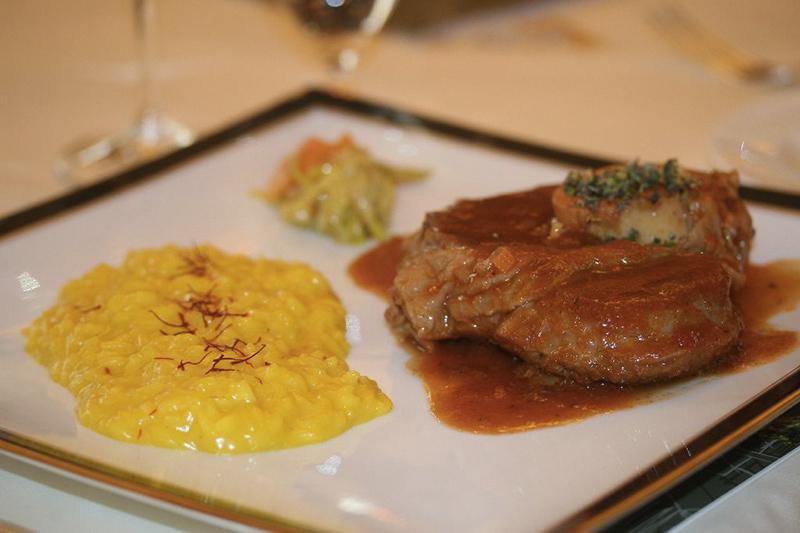 Pratos típicos de Milão Comida italiana