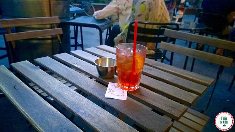O que fazer à noite em Milão Bar Vynil Bairro Isola Milão
