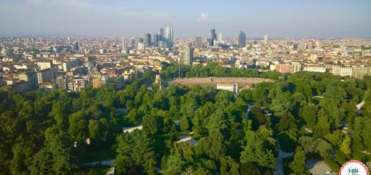 Turismo em Milão a Torre Branca