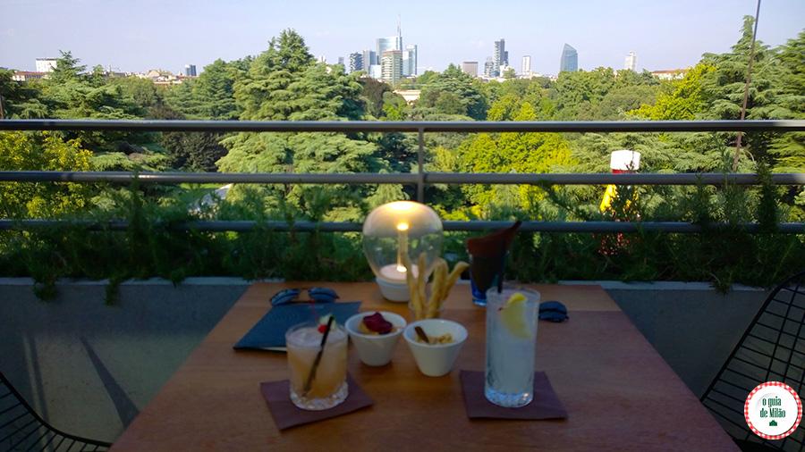 Onde beber no terraço panorâmico em Milão