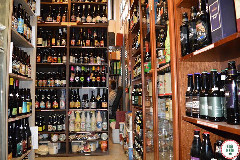 Lojas de cerveja em Milão