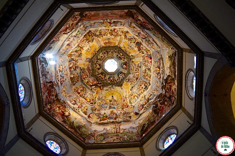 Igrejas em Florença os afrescos da cúpula