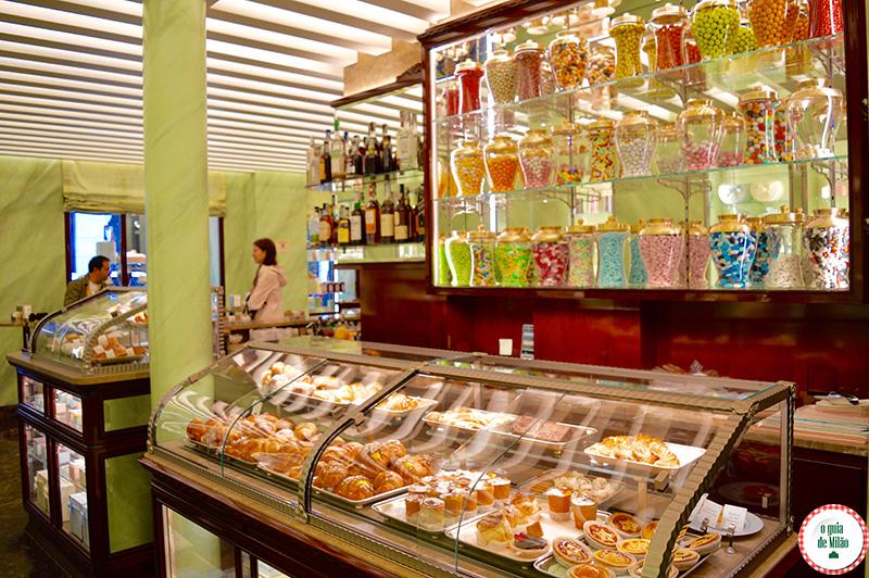 Pastelaria confeitarias em Milão