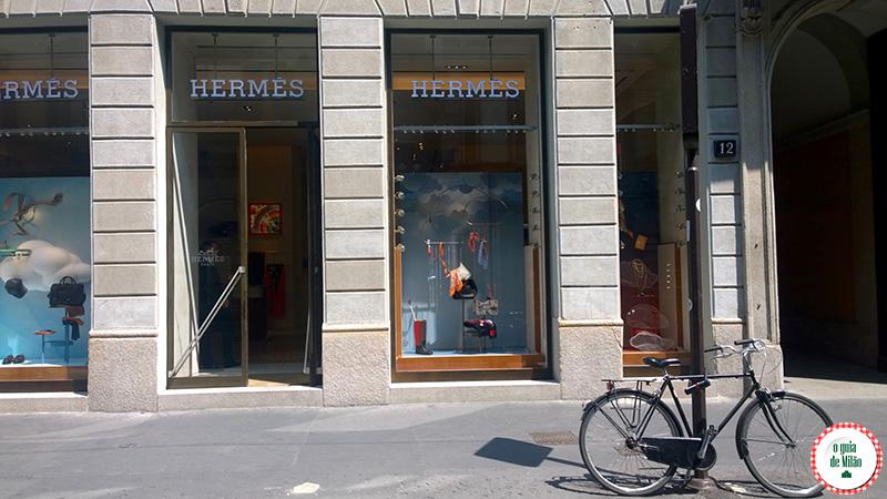 Compra em Milão no quadrilátero da moda