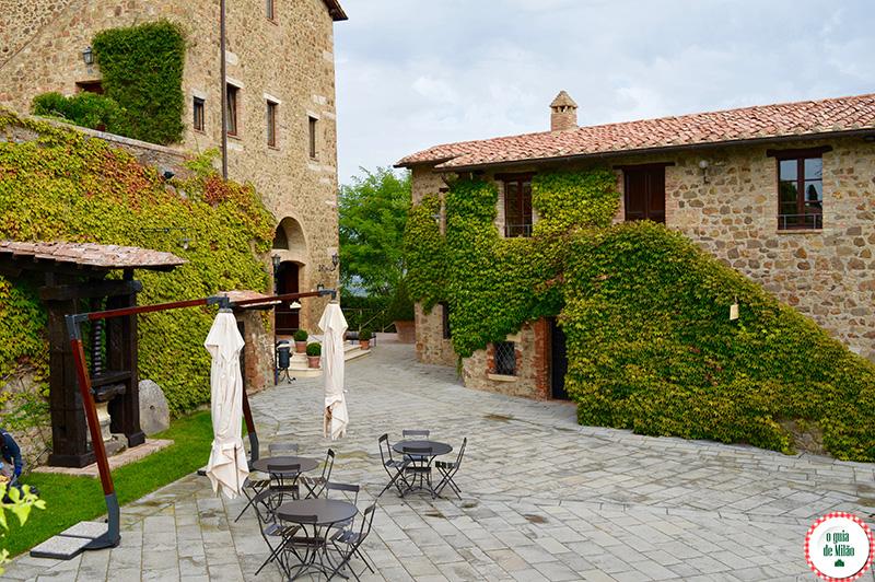 O melhor da Toscana Itália Turismo de Luxo onde dormir no Castelo Banfi Montalcino
