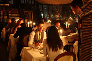 Romântico jantar em cruzeiro por Veneza a bordo do Galeone Veneziano