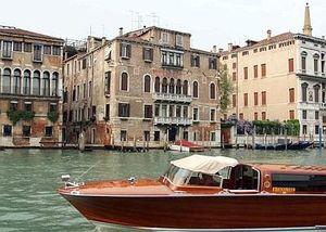 Tour de cruzeiro pontos turísticos de Veneza em lancha