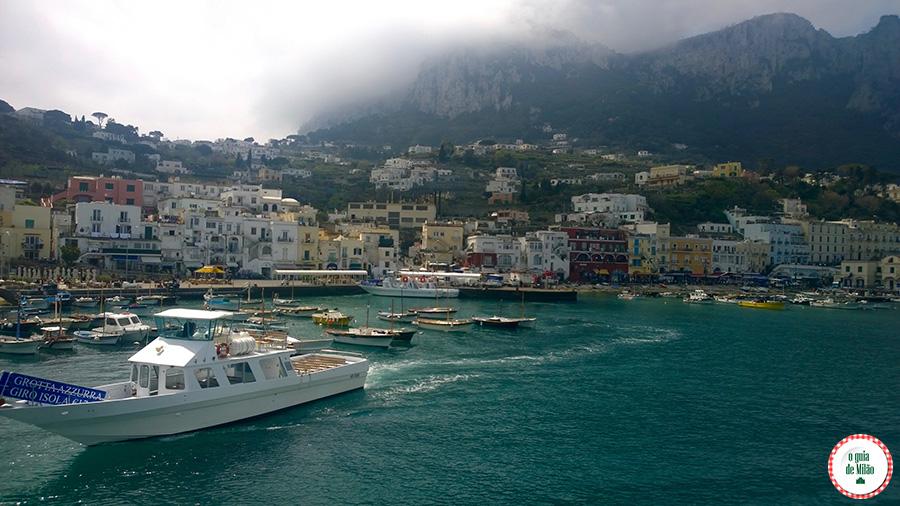 Como ir de Nápoles a Capri Itália