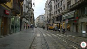 Lojas de roupas baratas em Milão